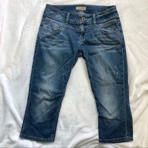 Guess distressed jean denim blue capris size 29